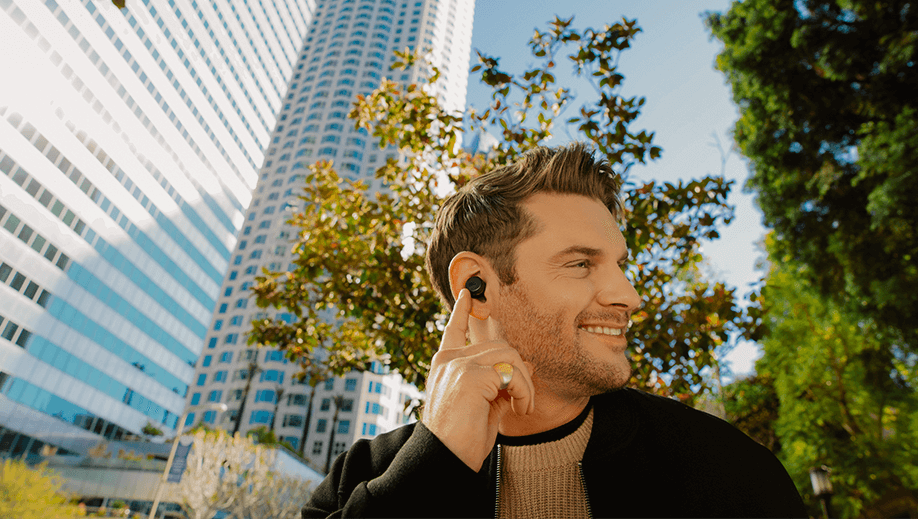 Noise-cancelling headphones: what are they and how do they work?