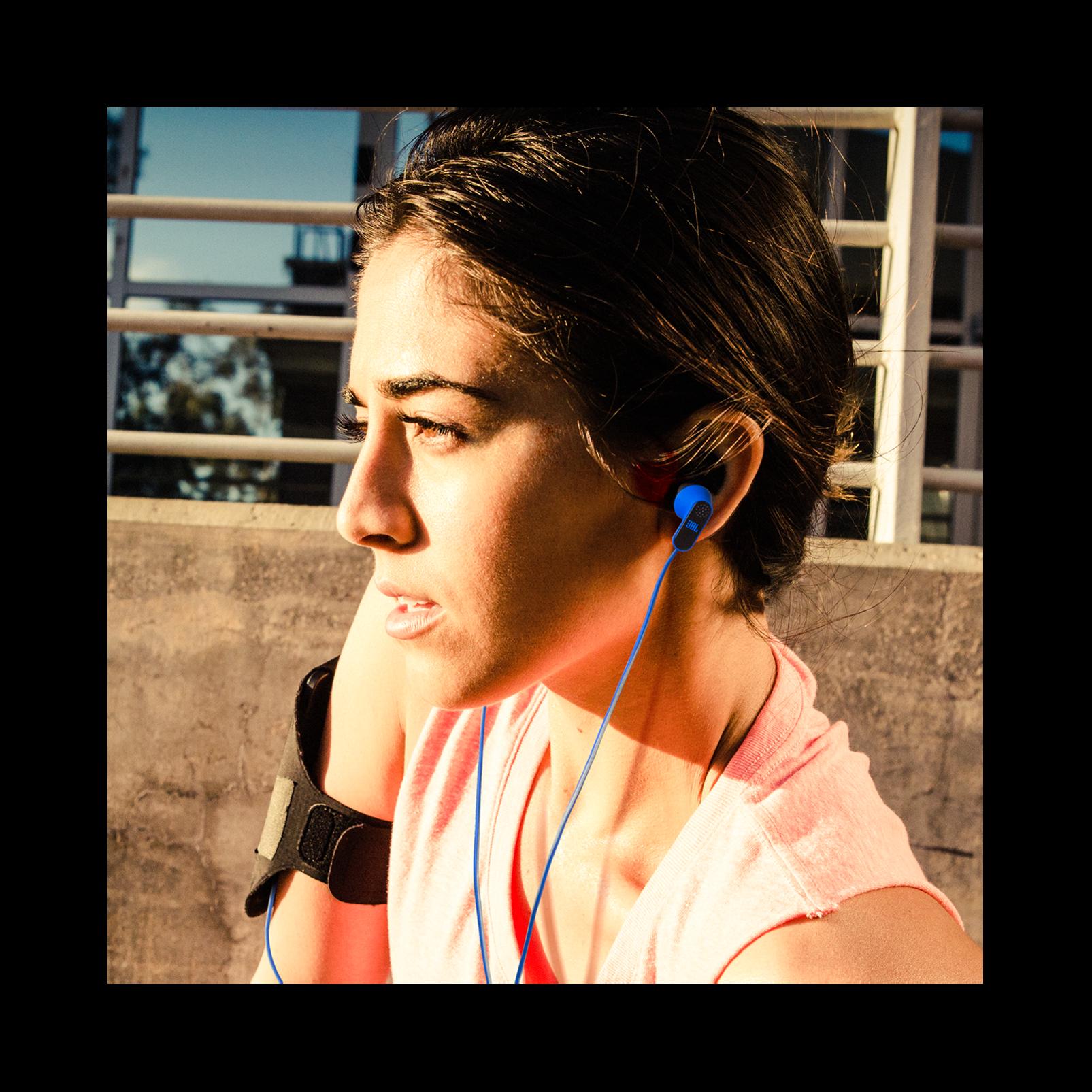 7d175cc6c96 JBL Reflect Aware | Noise Cancelling Sport Earphones